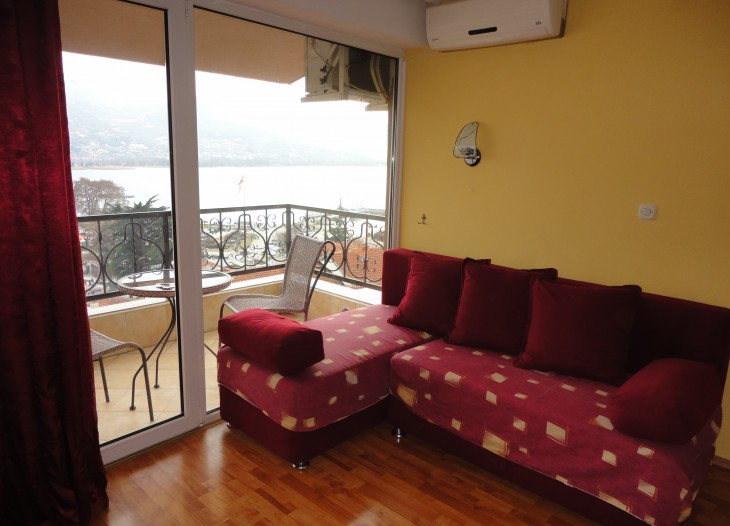 No. 5 Apartment Lake View – 4 Adults 50